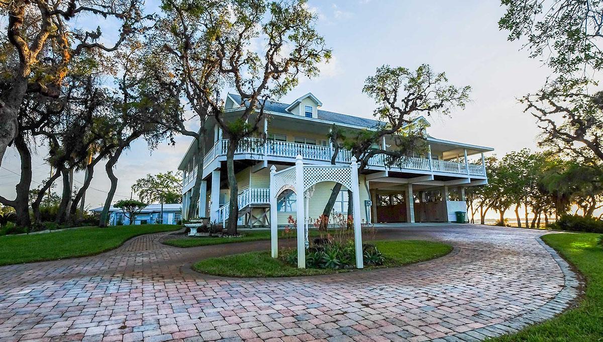 SOLD! Stunning Cedar Key 5 bedroom 3 bath Waterfront home.