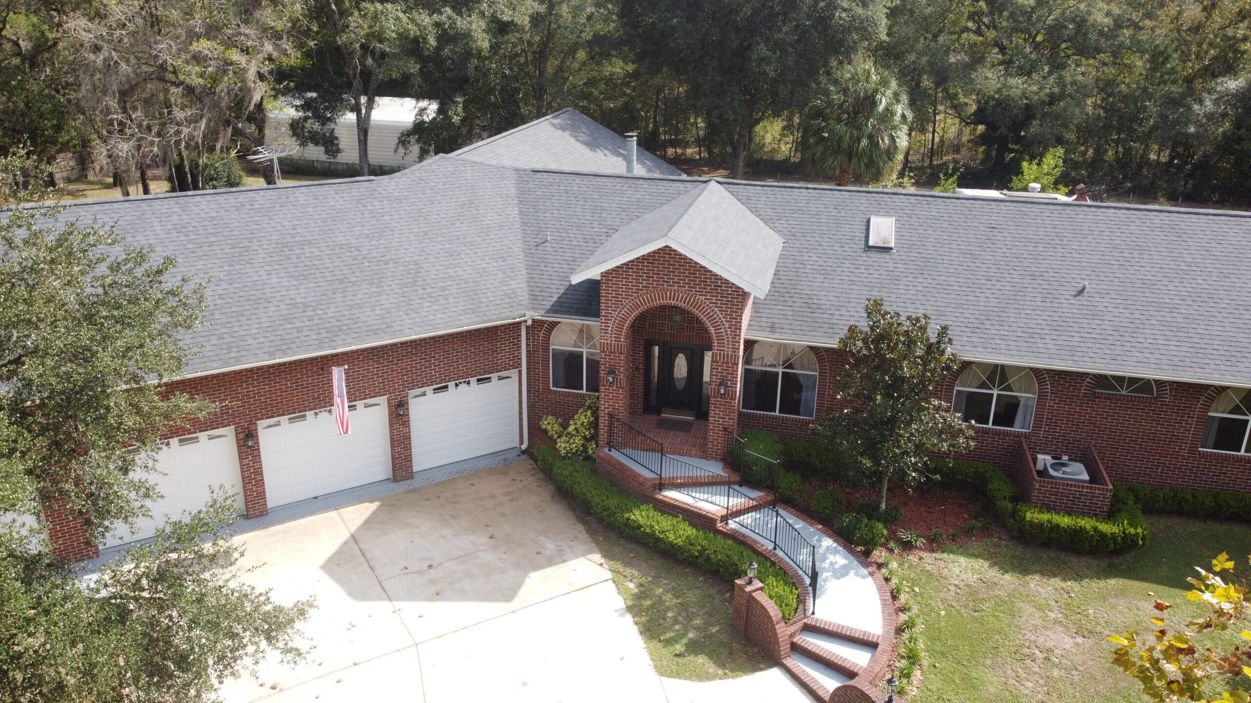 6 Bedroom Brick Home on 5.08 Acres in High Springs
