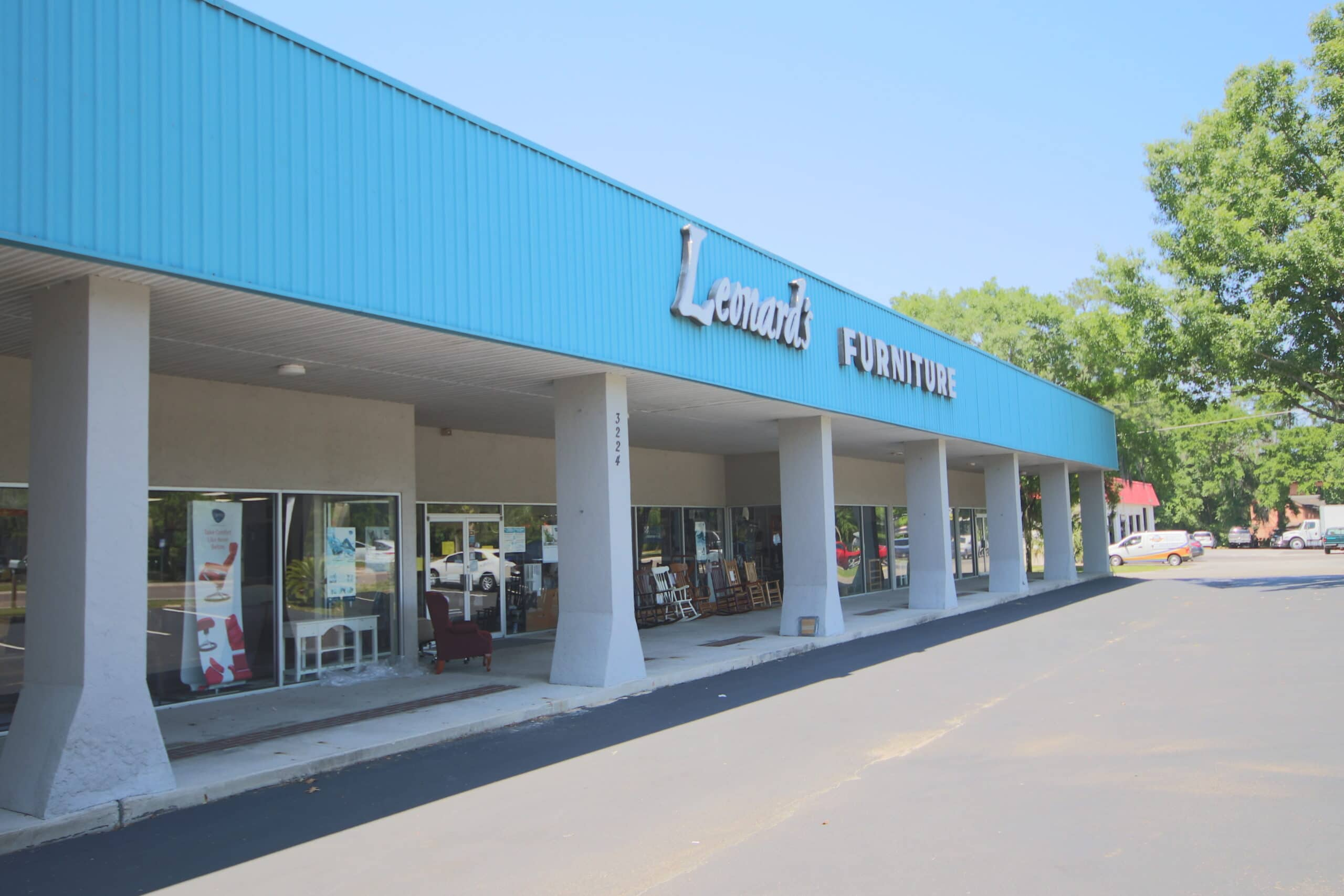 Incredible Retail/Commercial Buyer Opportunity!